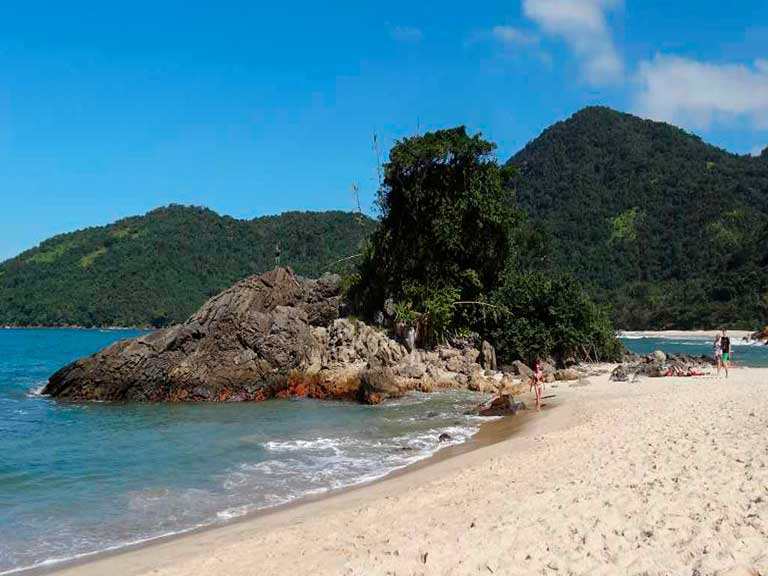 trindade praia paraty